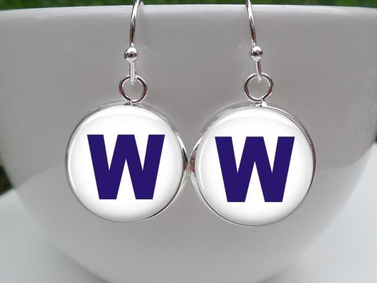 "Chicago Cubs Earrings ""W"" Win Flag Earrings"