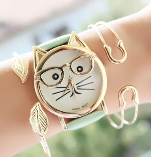 Reloj moda mujer 2017 En el artículo de hoy, les presentamos las últimas tendencias en accesorios de moda 2017. últimamente los relojes, se han convertido en el accesorio imprescindible de las muje…