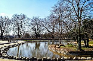 Do the Fulham Palace parkrun. | 19 Splendid Things To Do In London For Less Than A Fiver