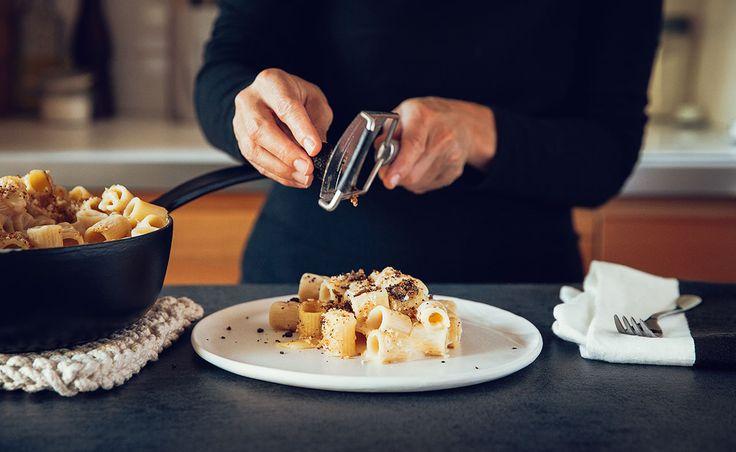 Notre recette de Macaroni au fromage OKA et à la truffe — Semaine 2 : Pour impressionner la visite | Natrel | Natrel