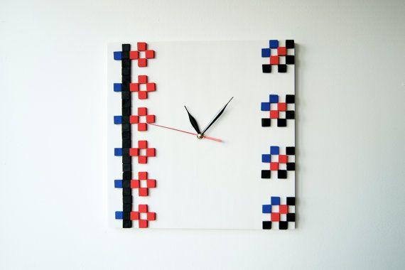 IE  Field Flowers  / Wood wall clock / Romanian by DecoBoxRo