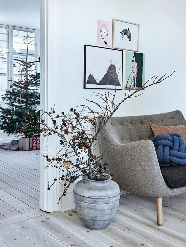 Nordic living and Christmas feeling in this home in the Southern of Denmark.