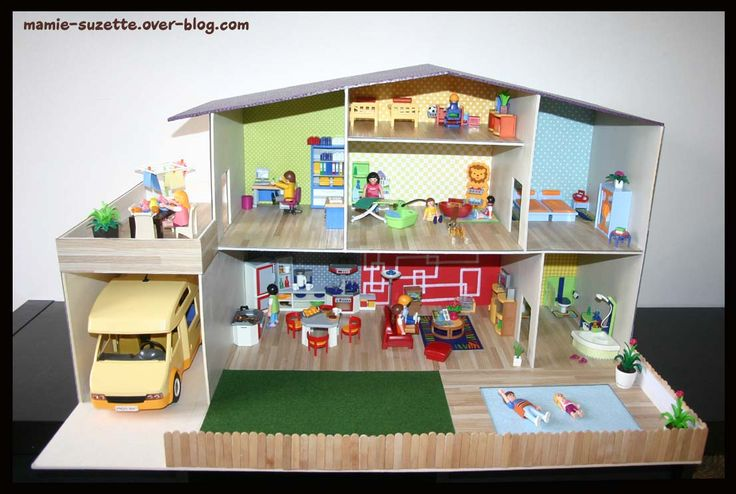Maison playmobil fait main en cartonnage le blog de mamie d co des for Maison moderne playmobil