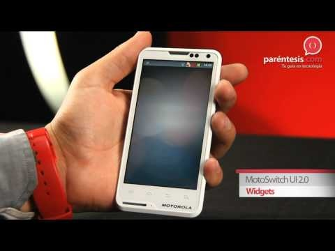 Motorola MotoSmart Plus (XT615). Un smartphone 100% personalizable.