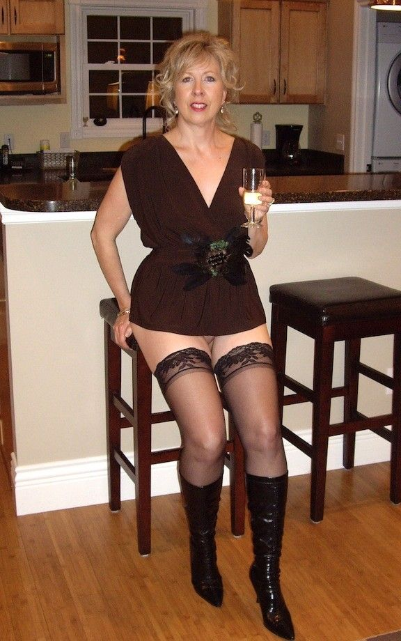 321 Best Milfs And Cougars Images On Pinterest  Cougar -2076