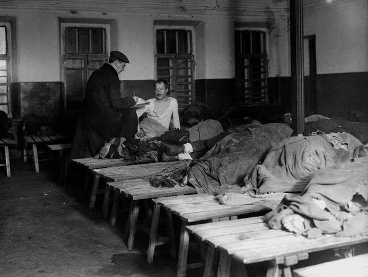 Ночлежка для бедных в Москве. 1923 г.