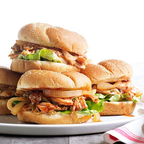 These tasty Pulled Roast Chicken Sandwiches make dinner easy on those hectic weeknights! More quick & easy chicken recipes: http://www.bhg.com/recipes/chicken/30-minutes-less/quick-easy-chicken-dinner-recipes/?socsrc=bhgpin071613pulledchicken=29