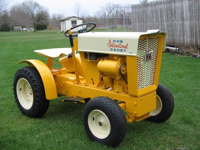 Old International Cub Cadet Lawn Tractor : Best cub cadet images on pinterest old tractors lawn