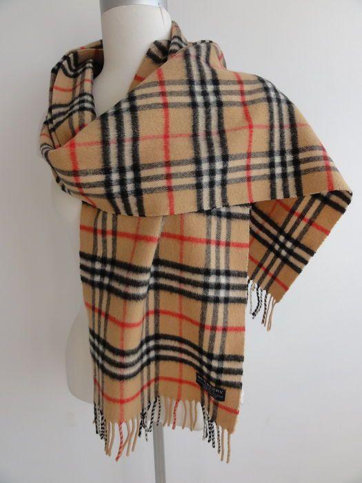 Online veilinghuis Catawiki: Burberry - sjaal