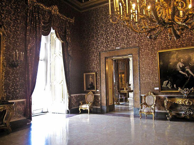 loveisspeed .......: Palácio Real de Turim ... Palazzo Reale Torino ... Palácio Real de Turim ou Palazzo Reale, é um palácio em Turim, norte da Itália. Era o palácio real da Casa de Sabóia. Ele foi modernizado muito pelo francês nascido Madama Reale Christine Marie de France (1606-1663), no século 17. O palácio foi trabalhado por Filippo Juvarra. Ele inclui a Chiablese.In Palazzo o reinado de Emmanuel Philibert, duque de Sabóia (1528-1580), o site já foi parte de um palácio Bispos antigo no…