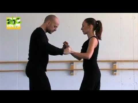 Danse : les bases de la Salsa - YouTube