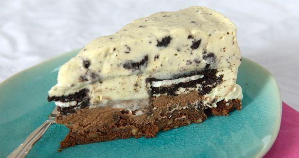 Prøv den fristende opskrift på brownie-cheesecake fra Den store bagedyst.