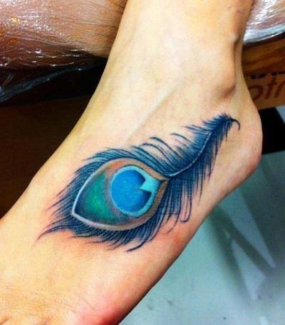 Quelle est la signification des tatouages de plumes. Les plumes sont parmi  les créations les