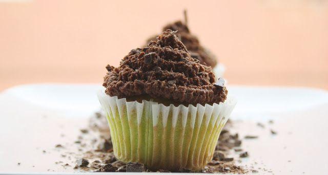 Destreggiandomi in cucina: Cupcakes after-eight #cupcakes #aftereight #menta #cioccolatofondente #mint