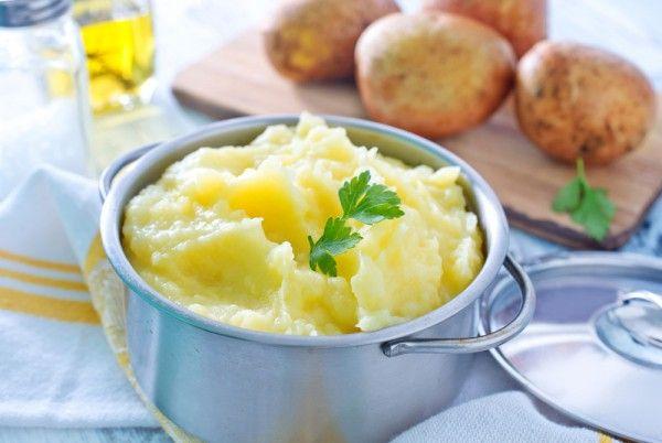 Картофельное пюре в горшочке с сыром, ссылка на рецепт - https://recase.org/kartofelnoe-pyure-v-gorshochke-s-syrom/  #Вегетарианскиерецепты #Диетическиерецепты #Овощи #Рецептыдлядетей #Рецептыдлядиабетиков #блюдо #кухня #пища #рецепты #кулинария #еда #блюда #food #cook