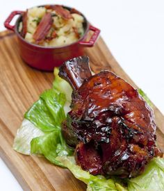 This beer-glazed ham hock recipe is certainly a sight for sore eyes, making a fantastic Sunday lunch option. - William Drabble