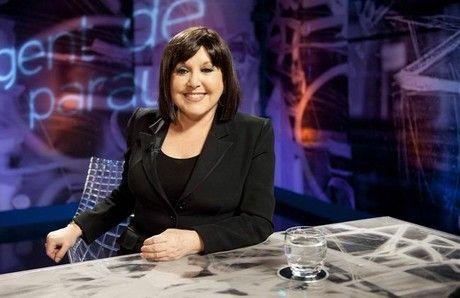 'Águila Roja' ficha a Loles León y Carlos Areces. En la foto la actriz Loles León, en el programa de TVE 'Gent de paraula'.