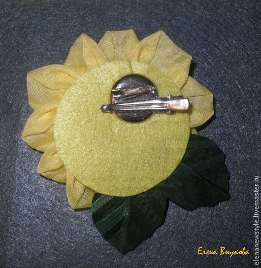 Создаем брошь-розу из ткани без профессиональных инструментов - Ярмарка Мастеров - ручная работа, handmade