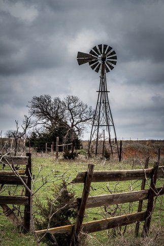 A fantastic shot...typical Texas scene...I love it!