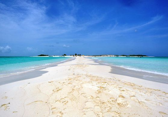 Los Roques Archipelago with the best Venezuela Beaches
