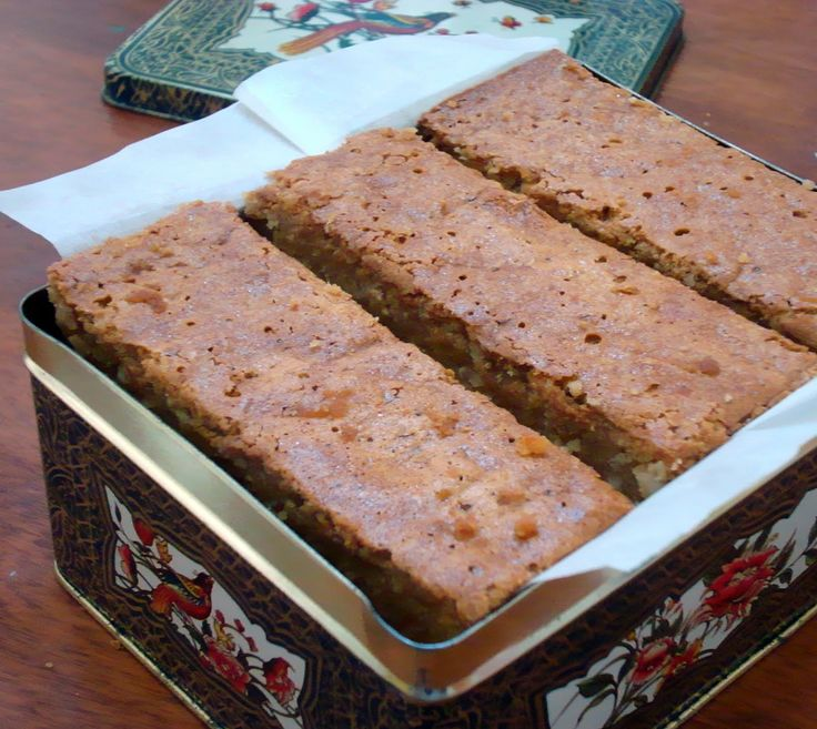 Sri Lanka long has been described as a paradise by travellers. John Richardson I found this cake by accident. This recipe was printed...