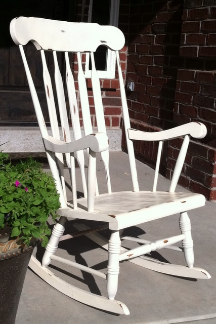 I Really Need To Find An Old Rocking Chair At Goodwill For The Front Porch Craftyness In 2018 Pinterest Furniture And