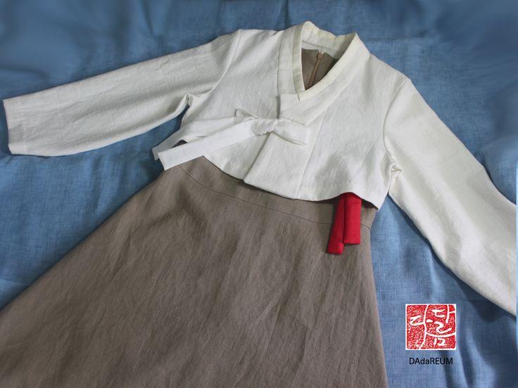 외국에서 몇 년간 지낼 초등조카를 위한 고모의 선물입니다 #생활한복 #퓨전한복 #여자아이한복 #다다름