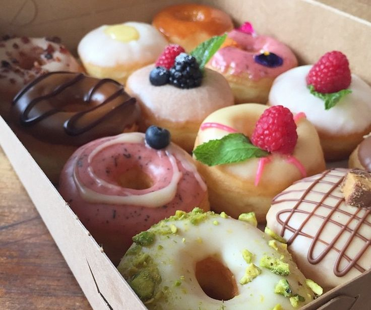 You might think that L.A. is the land of dieters, but we do love our food, especially donuts. Here are some great options for the sweets lover around the city.