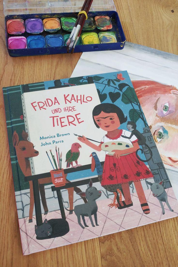 Mit Frida Kahlo und ihre Tiere eröffnen Monica Brown und John Parra schon kleinen Kindern den Zugang zur Welt der Malerei. Das Bilderbuch aus dem NordSüd Verlag ist aber nicht nur ein Buch über Kunst, sondern auch eines über starke Mädchen. #nordsüd #femalepower #illustration #kinderbuch #buchtipp #kunst – Julia Bader