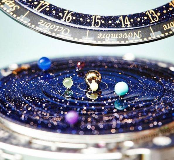 「ヴァンクリーフ&アーぺル」のプラネタリウムみたいな時計 Van Cleef & Arpels Midnight Planetarium Poetic Complication