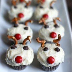 #Rudolph the Red Nose #Reindeer #Cupcakes: Red Nose, Cupcakes Pretty Easy, Nose Reindeer, Minis Chocolates, Cakes Cupcakes Cookies, Reindeer Cupcakes Pretty, Reindeer Cupcakes Cut, Chocolates Rudolph, Christmas Cupcakes