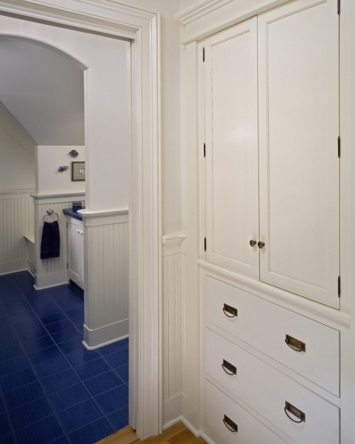 Bathroom Comely White Bathroom Decoration Using: 1000+ Images About 1 Stairs And Hallways On Pinterest