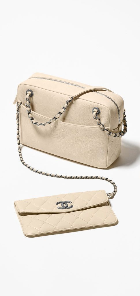 Womens Handbags & Bags : Chanel Handbags Collection & more details