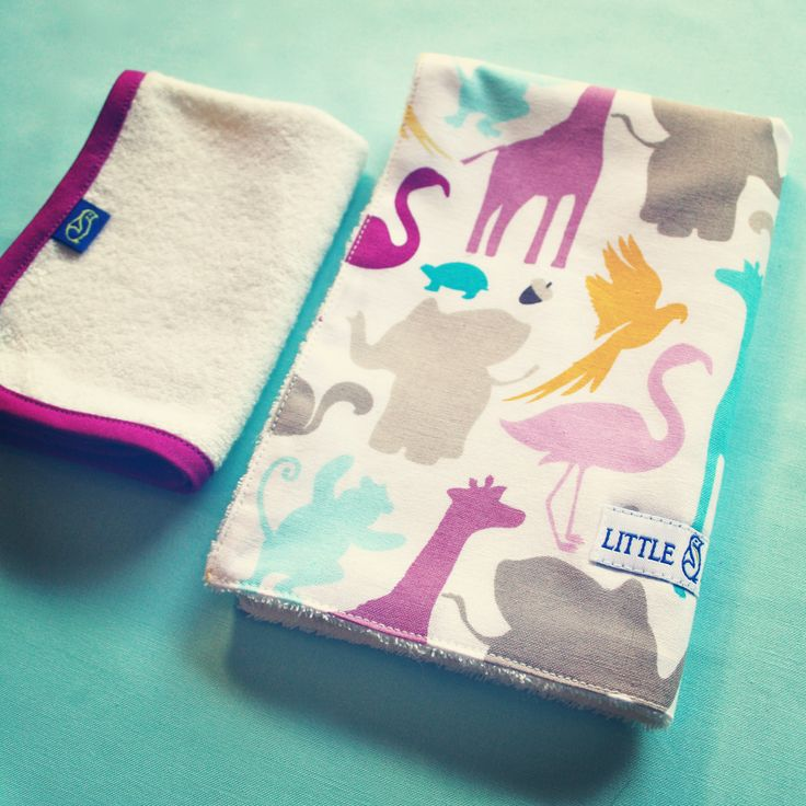Pink flamingoes, turquoise turtles and a matching facecloth in lush mulberry, this bib and facecloth set sings a song of whimsy that will delight young and old! - by Little Emperor. #handmade #flamingoes #newborn #newborngift #mulberry #Australia #kids #baby #bamboo  #buylocal #buyAustralian