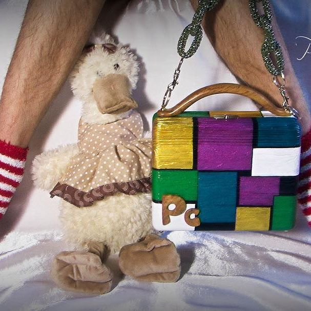 Где Ваше желание быть странным? (Джим Моррисон) #positivecouple #woodenhandbag #womenstyle #handbag #fashion #style #сумочкииздерева #настиле #мода #сумочки