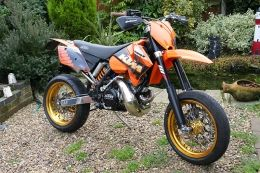 KTM 380 Supermoto