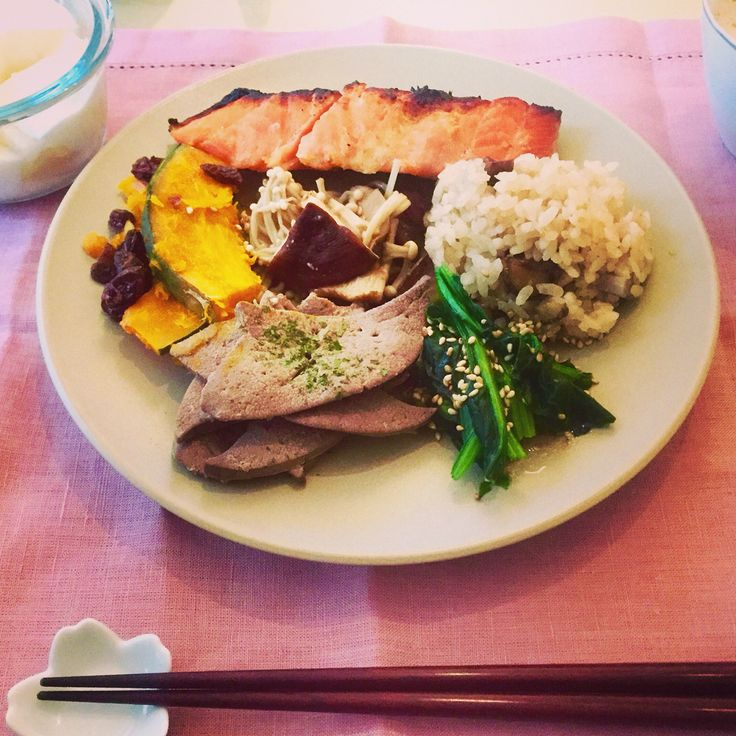 Salmon, pork liver, steamed vegetables and chestnut steamed rice for breakfast. Original by heelsandmacarons