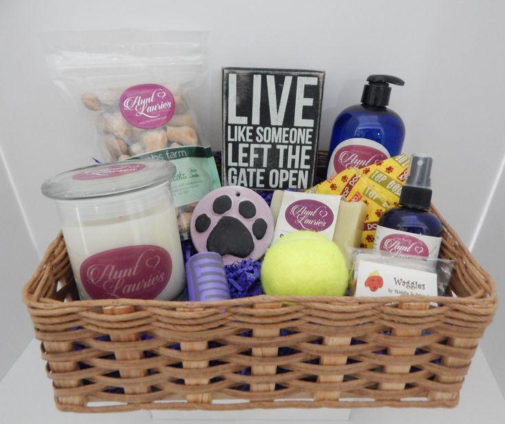 Elegant Gift Basket for Cat Lovers
