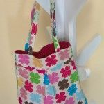 a little girl bag perfect for play dates and shopping outings. all we need now is a matching fabric Tote for moms!