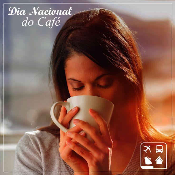 Toda viagem ganha um sabor especial quando acompanhada de café. A cidade de Cristina, na região da Mantiqueira Mineira, é o destino perfeito para os amantes da bebida que aquece e desperta. O roteiro pela região produtora de café inclui visita a fazendas centenárias que são pioneiras na produção de cafés exóticos como o raro café feito através do grão que resulta da digestão de elefantes tailandeses. #DiaNacionalDoCafé