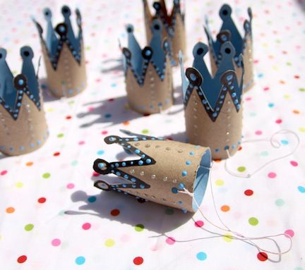 Tiny crowns from toilet paper rolls