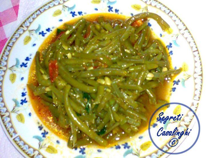 fagiolini pomodoro,ricetta fagiolini con pomodoro,ricette verdure,ricetta fagiolini dei fagiolini con i pomodori,fagiolini con la salsa,ricetta fagiolini,