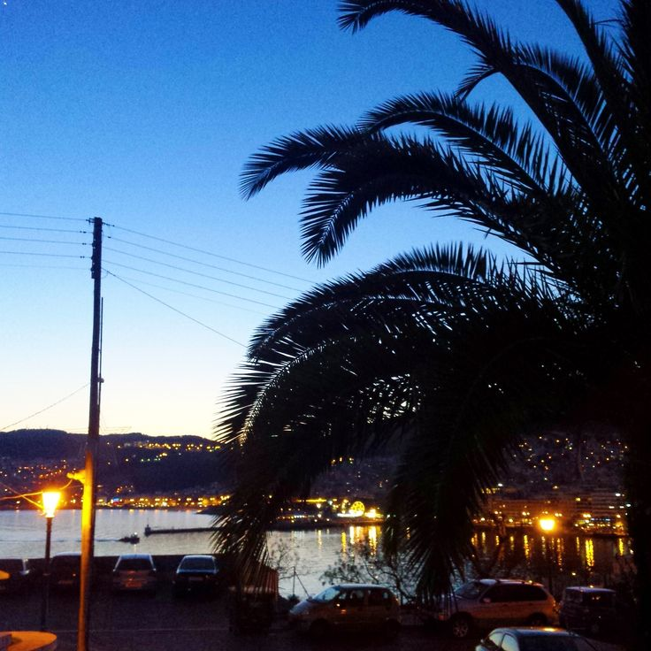 Kavala by night.  #summertime #palm