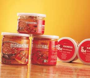 Special Kesar Mohanthal Gift Pack from Kandoi Bhogilal Mulchand is an ideal gift for family events, festivals and rituals. It is also one of the most popular business gifts during festivals such as Diwali and Navratri. It is also gifted by companies and offices to their employees on special milestone achievements or anniversaries. Order Kesar Mohanthal online @ http://www.mithai4all.com/product/Kandoi-Bhogilal-Mulchand,-Ahmedabad/Ahmedabad/Special-Kesar-Mohanthal-(525-gms)/314.aspx