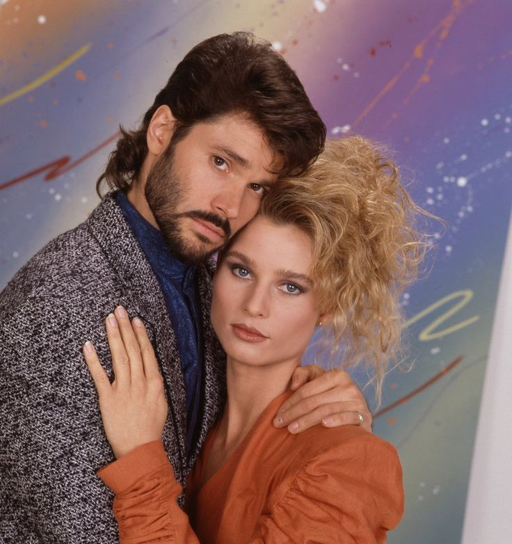 Paige Matheson (Nicollette Sheridan) and Johnny Rourke (Peter Reckell) in Knots Landing, circa 1988-1989.