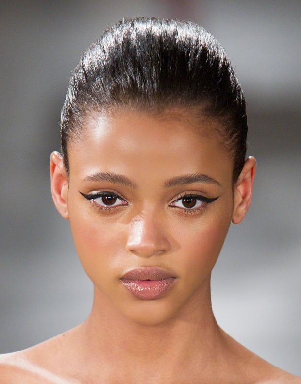 Model Aya Jones with the most perfect cat eye. Swoon. Photo: Imaxtree