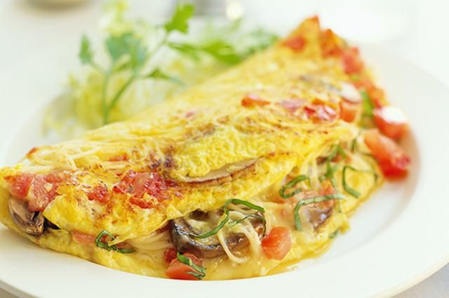 14 Protein-Packed Breakfasts to Power You Through the Morning Slideshow | LIVESTRONG.COM#slide-7#slide-7Tomatoes Omelet, Fresh Ideas, Protein Pack Breakfast, High Protein Breakfast, Food, Healthy Breakfast, Healthy Eating, Proteinpack Breakfast, 14 Protein Pack