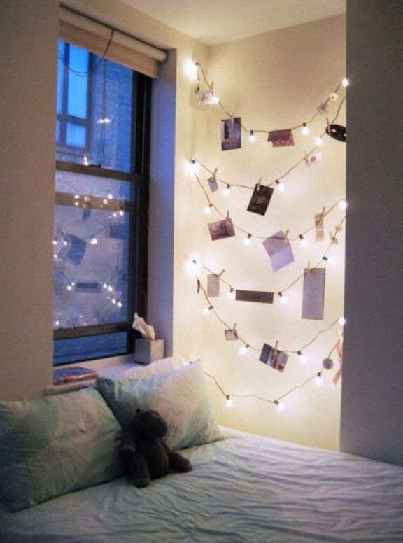 Put photos (or Christmas cards) on stringed lights