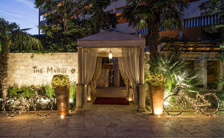 The Margi boutique hotel in Vouliagmeni on Athen's sea side, features a stylish décor in its 89 guest rooms and suites. The Margi is situated in the most exclusive area of the Athenian Riviera, Vouliagmeni between the sea and pine forest.