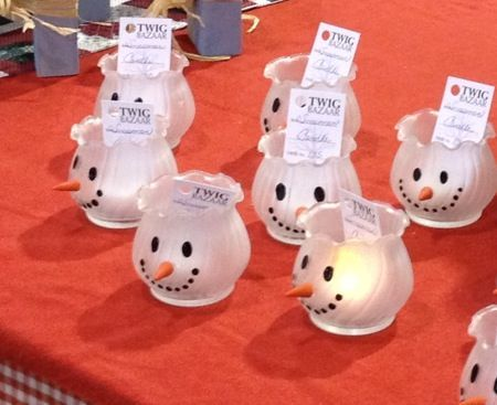 Snowmen candle holder made with decorative glass jars, frosted glass spray…
